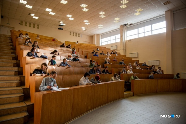 Студентов нескольких новосибирских вузов уже&nbsp;перевели в онлайн<br>