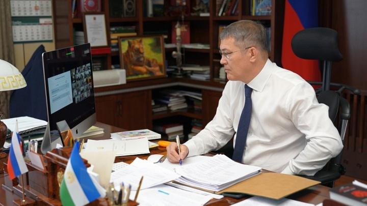 «Вошли в тяжелую фазу»: Радий Хабиров обеспокоен ситуацией с коронавирусом в Башкирии