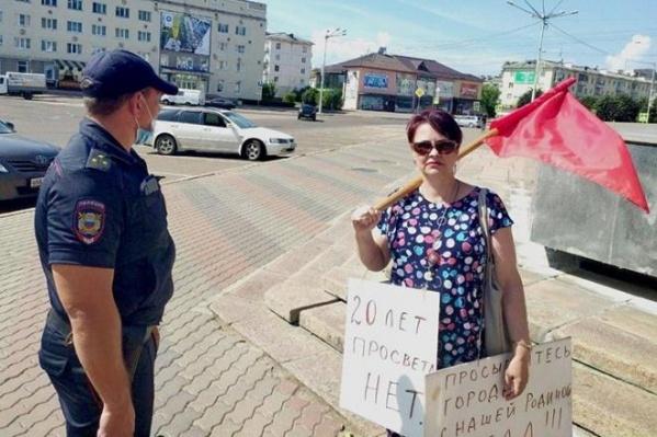 Женщина выступила против «обнуления» и поддержала хабаровчан