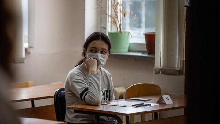 Результаты ЕГЭ по русскому языку: среди новосибирцев стало в два раза больше стобалльников