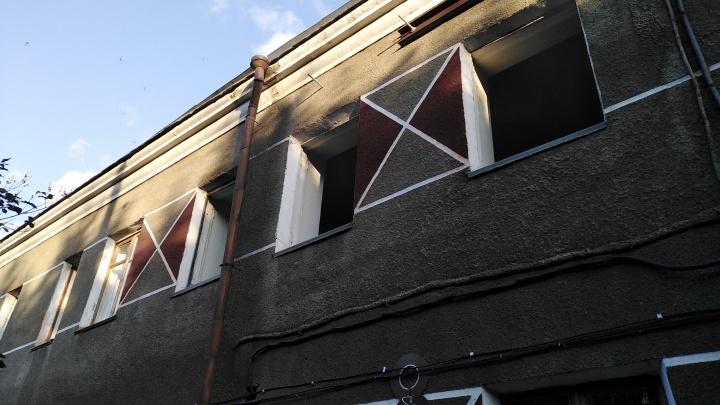 Вытравливавшего людей из общежития собственника отдали под суд