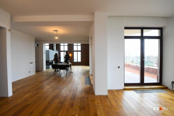 Спрос на недвижимость, по словам Анастасии Поддубной, уходил в стадию затишья несколько раз