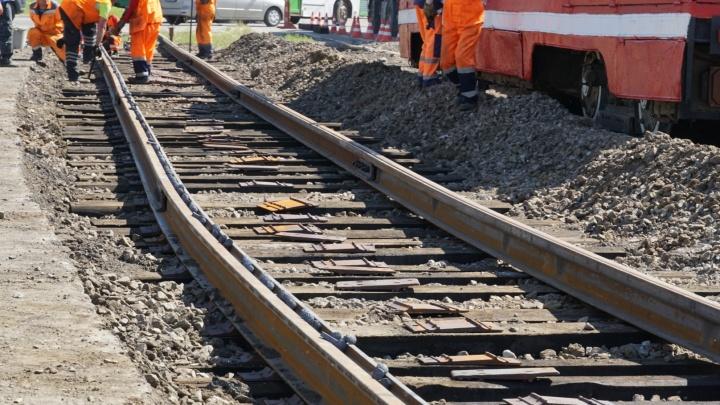 В Омске отремонтировали 1,5 километра трамвайных путей за 26 миллионов