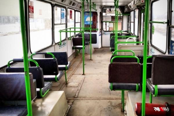 На прошлой неделе пассажиропоток упал настолько, что троллейбусы и автобусы ездили по городу пустыми