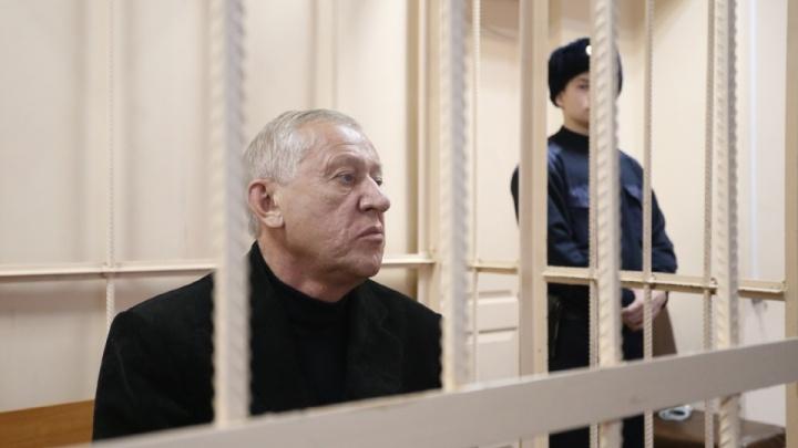 Бывшего мэра Челябинска Евгения Тефтелева выпустили из-под стражи