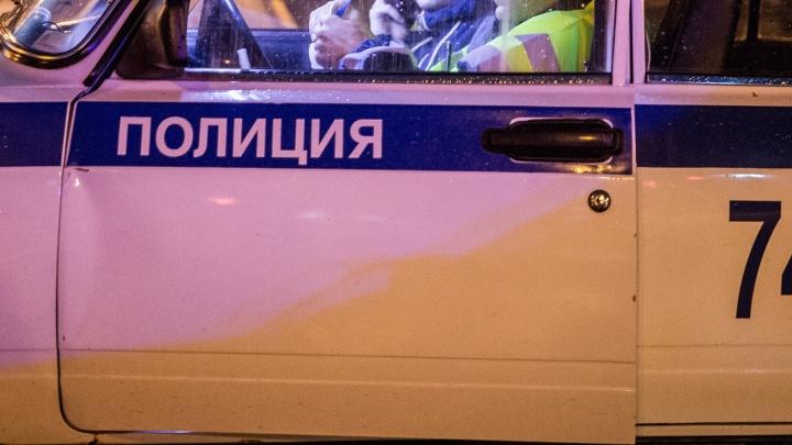 На Речном вокзале Subaru Impreza сбил пешехода — мужчину увезли в больницу