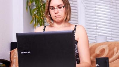 Самоизолированные челябинцы пожаловались на сбои в работе интернета