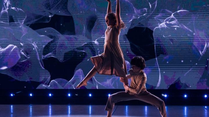 «Волнительно на такой большой сцене»: танцоры из Тюмени стали участниками шоу «Большие и маленькие»