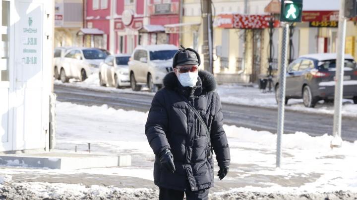 Первый день нерабочей недели: смотрим, послушался ли Архангельск Путина. Фоторепортаж с улиц