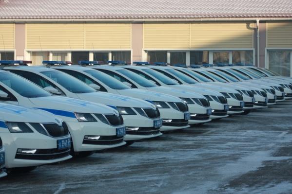 98 автомобилей поступили в распоряжение дорожной полиции