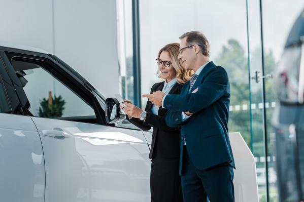 Продукт дает возможность ремонта в дилерском центре с заменой на новые запчасти при необходимости и не ограничивает количество лиц, допущенных к управлению автомобилем