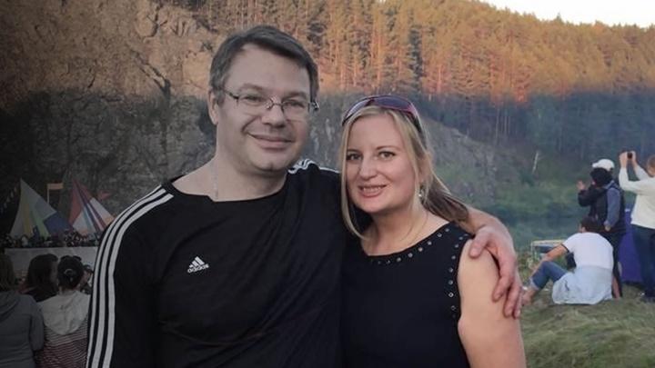 Жена умершего от коронавируса уральского хирурга получит 5 миллионов рублей