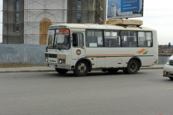 В Кургане сегодня с утра были перебои с выходом автобусов на линию