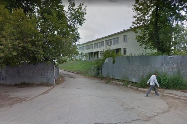 Детская больница на Шверника уже давно нуждается в реконструкции