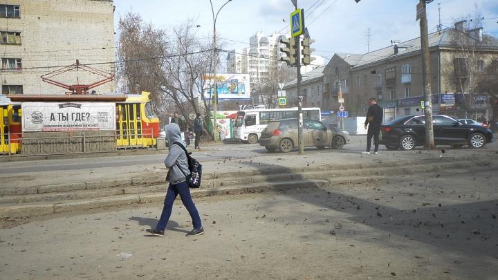 Свердловские спасатели продлили предупреждение о сильном ветре