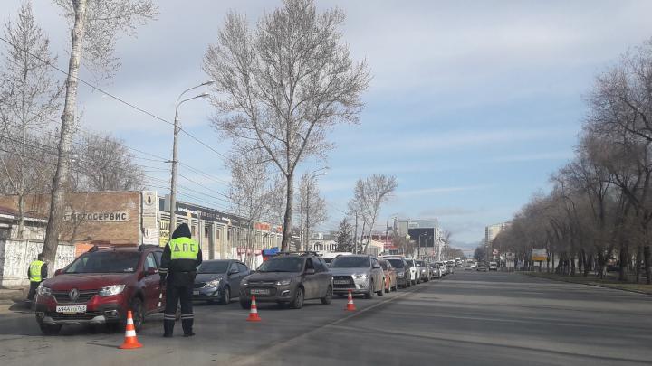 Вышли на Аврору: в Самаре инспекторы ДПС снова тормозят водителей для проверки