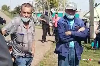 Жители ждут возвращения своего колхозного имущества