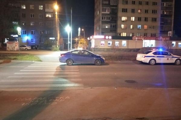 Водитель легковушки наехал на пешехода на нерегулируемом переходе