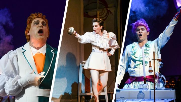 Подстроились под коронавирусный режим: фоторепортаж с репетиции новой постановки в Оперном театре