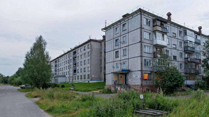 В Архангельске двухлетний мальчик выпал из окна