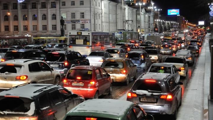 Екатеринбург на 28-м месте в мировом рейтинге городов по пробкам