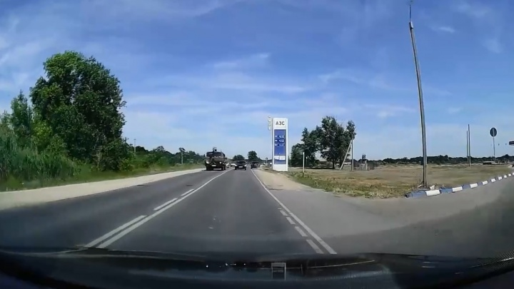 В Волгограде наказали автохама, едва не устроившего крупную аварию на трассе