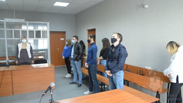 В Перми осудили группу мошенников, которые обманули более 200 человек