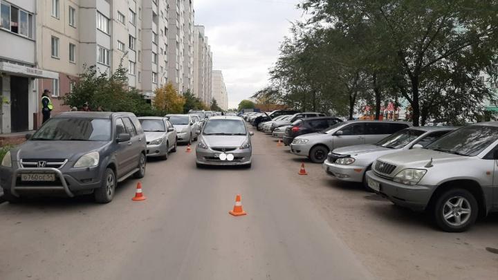 Водитель на Honda Fit сбил 7-летнего мальчика на Высоцкого — авария попала на видео
