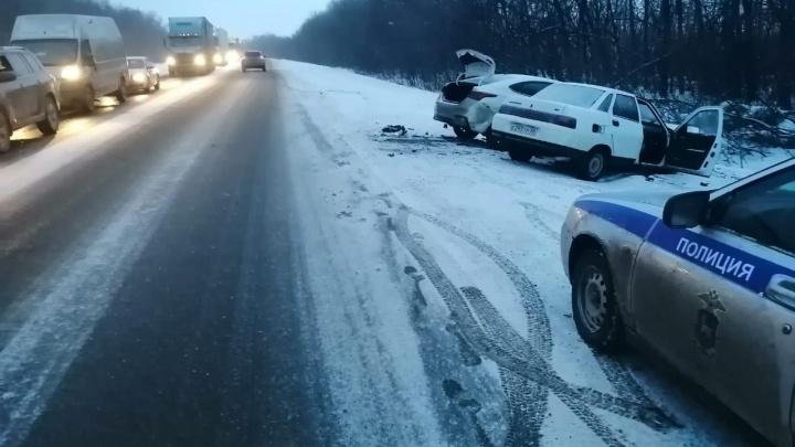 На трассе М-5 пять человек пострадали в ДТП на встречке