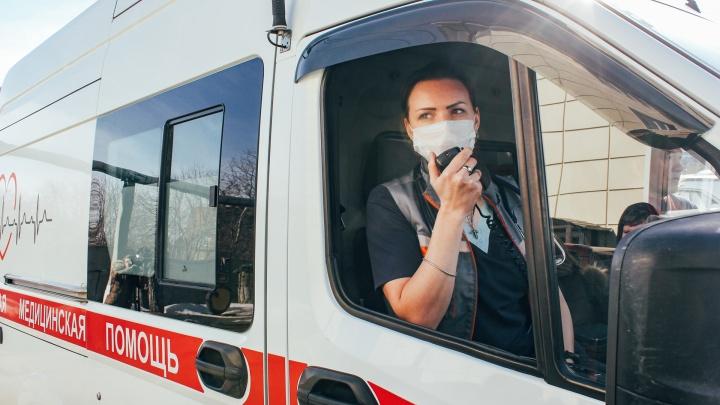 Еще шесть сотрудников скорой помощи в Екатеринбурге заразились коронавирусом