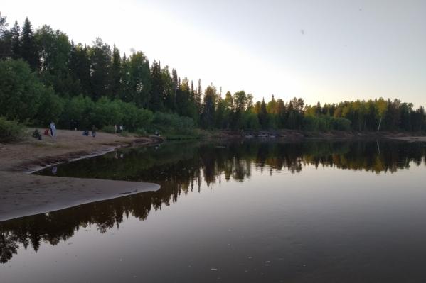 Подростки купались в реке Кордон