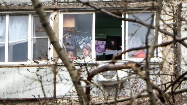 «С каждым днем все будет усугубляться»: глава кризисного центра — о последствиях карантина для семей
