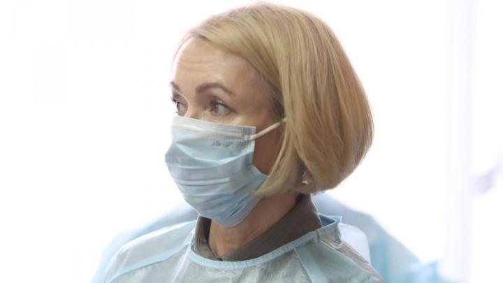 Ирина Гехт рассказала, когда доплаты за работу с COVID-19 дойдут до челябинских медиков и врачей