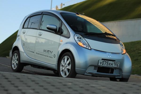 Константин Толкачёв уверен, что поездки на таких автомобилях «будут способствовать улучшению экологической ситуации»
