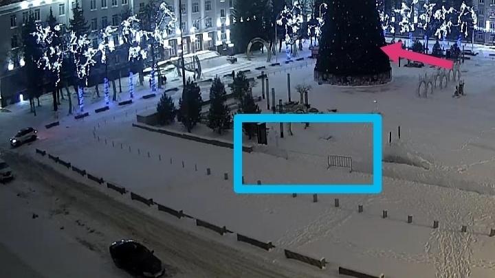 В Уфе на Советской площади погасла многомиллионная елка