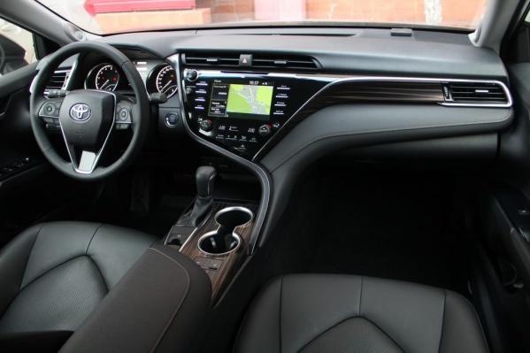 Toyota Camry как раз подходит под требования чиновников