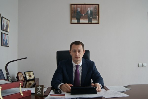 Полицейские задержали главу администрации Азова Владимира Ращупкина