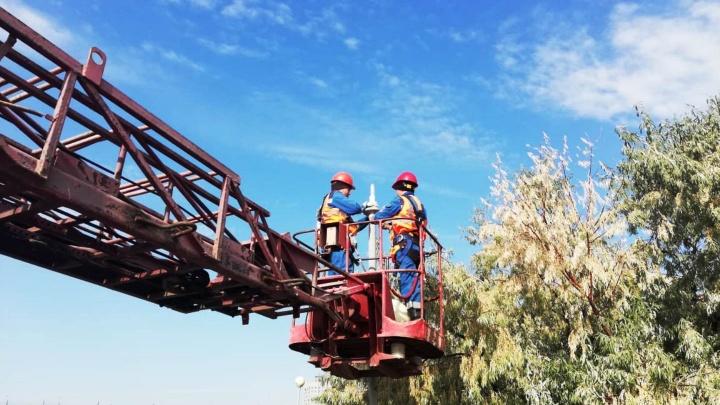 Мэрия сэкономит полмиллиона в год на освещении Иртышской набережной