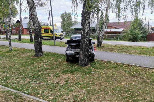 Причину гибели водителя будут выяснять судмедэксперты