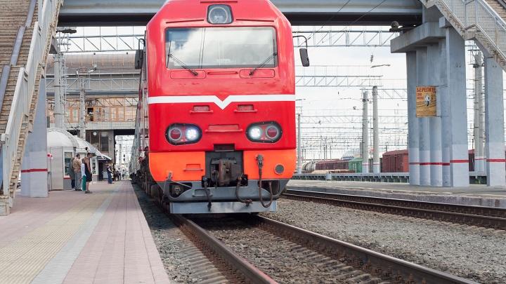 Челябинцам вернули южный поезд, отменённый из-за коронавируса