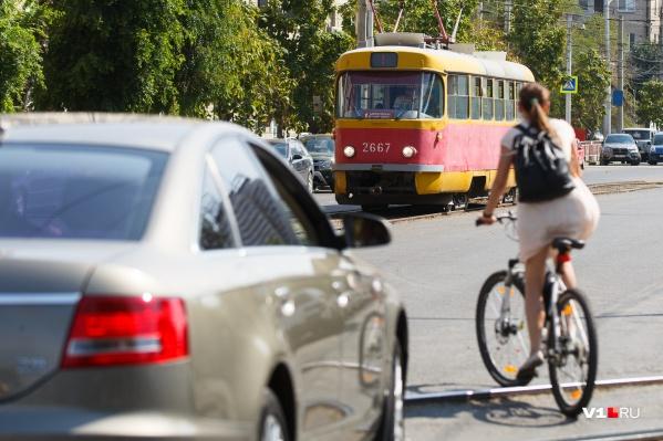 С требованием вернуть трамвай волгоградцы обратились в Генпрокуратуру