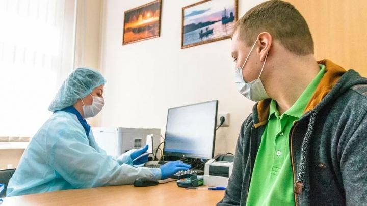 Студентов ПГМУ призвали на практику по борьбе с коронавирусом, но у них есть вопросы по условиям. Разбираемся в ситуации