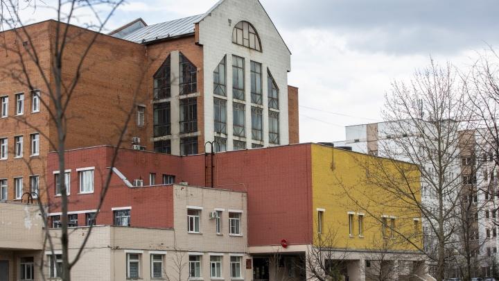 Не дожил 6 дней до дня рождения: в ярославском СОVID-госпитале умер заболевший врач