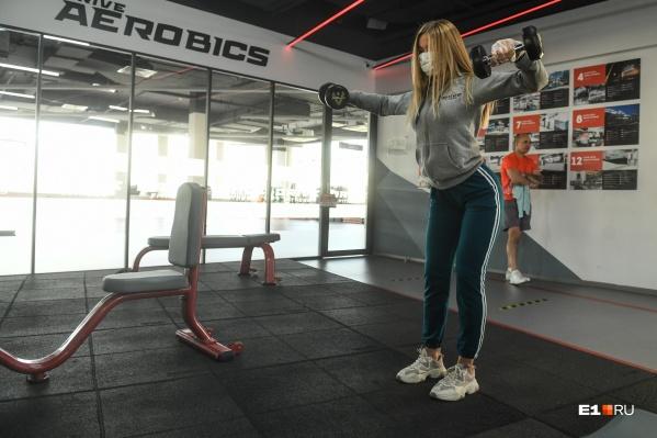 Владельцы фитнес-клубов считают, что до конца года число клиентов серьезно сократится