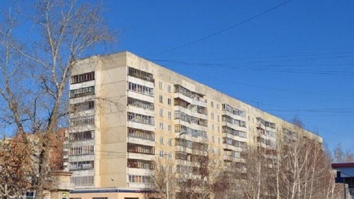 В Екатеринбурге жильцам дома не ставят счетчики и шлют огромные счета. Что делать, если у вас так же