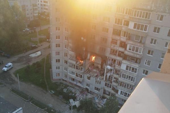 Взрыв случился в квартире в середине дома