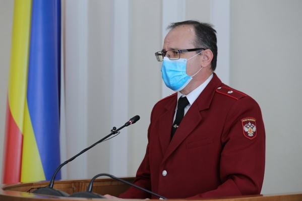 Ковалев в своем отчете отметил, что жители грубо нарушают противовирусный режим