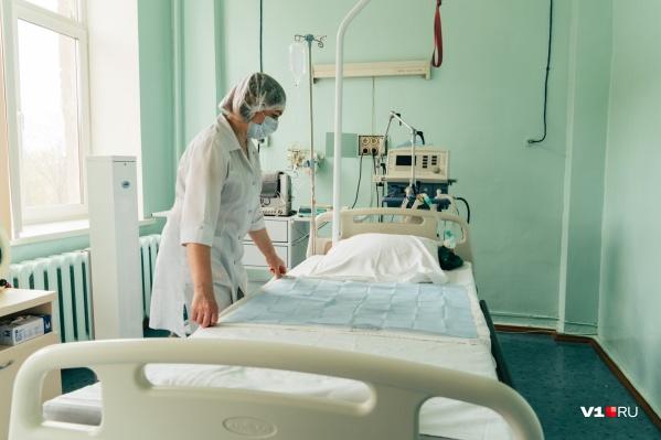 Несколько лет назад санитарок в челябинских больницах уже пытались переводить в уборщицы