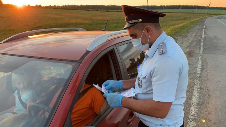 В Екатеринбурге поймали мертвецки пьяного тракториста, который катался по городу после ссоры с женой