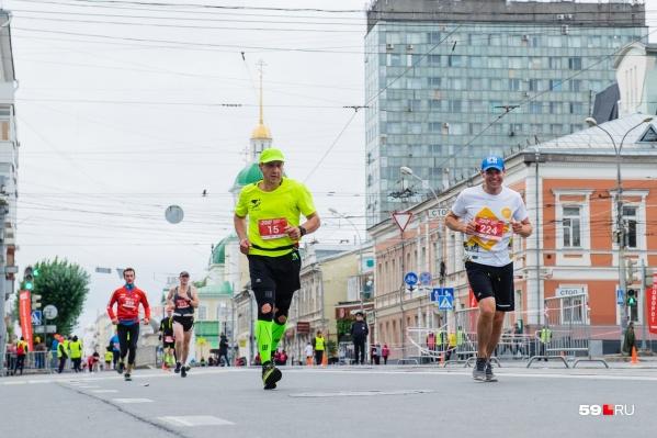 Спортсмены круглый год готовятся к марафонам